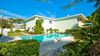 Palm Cay 6: Adorable & Immaculate Condo, 70 Steps to Beach, Heated Pool!!!
