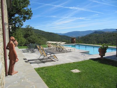 Photo for Large Luxury Stone Villa with large pool near Florence and Arezzo