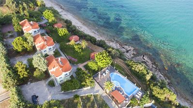 Photo for villa infrond of private beach with crystal water outdoor pool with hydromassage