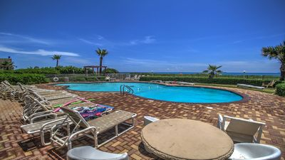Photo for Condo on the beach w/shared pool, hot tub, sauna, & island views!