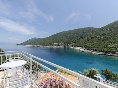 Photo for Apartments Dinko (37851-A1) - Gdinj - island Hvar