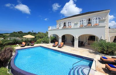 Photo for Caribbean Casas: Pleasant Villa Magoo up to 12 guests, just 5km to Holetown city!