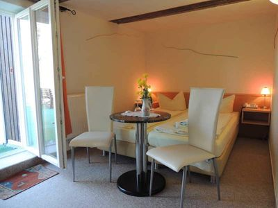 Photo for 02 double room with terrace - Insel-Hotel Dobbertin