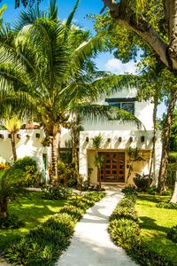Photo for Luxury Villa with private Pool, close to beach and 5th Avenue, great for groups