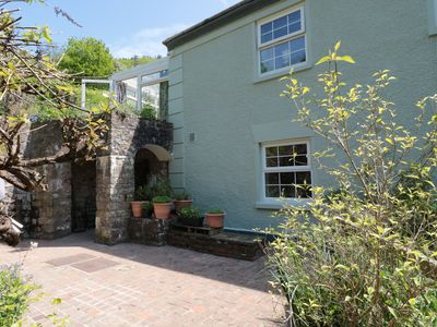 Photo for 4 BRIDGE FLATS, pet friendly, with a garden in Redbrook, Ref 968156