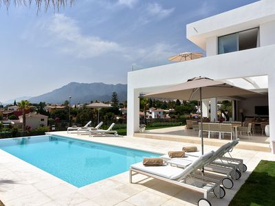 Photo for Stunning villa, walking distance to old town Marbella, heated salt water pool