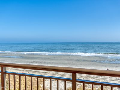Photo for Spacious Oceanfront /Sundeck with breathtaking view awaits you!