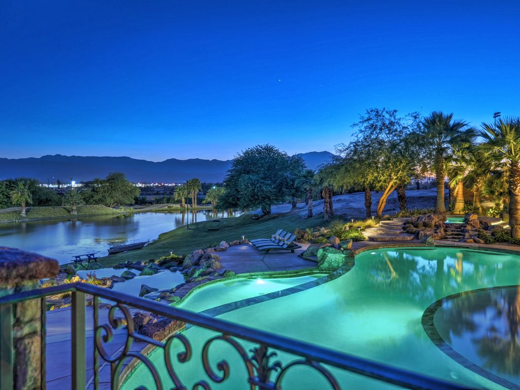 Desert Ridge Estate Luxury Rental   Your Own Private Resort With A Private  Lake
