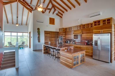 The spectacular kitchen with all amenities including espresso machine!