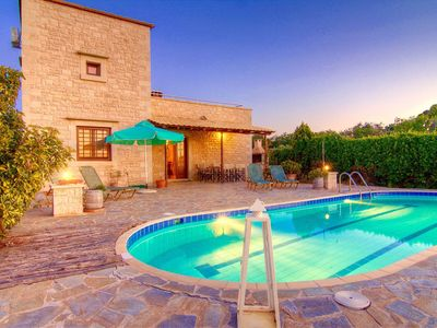 Photo for Stunning private villa for 7 people with WIFI, A/C, private pool, TV and parking