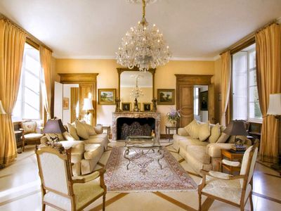 Photo for Chateau Gombardy - Country house for 19 people in Avoine