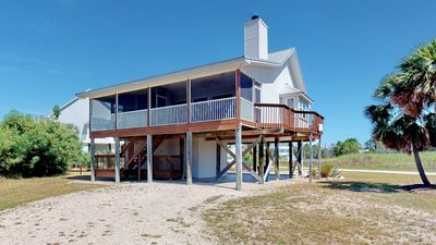 """Photo for NO FEES! Bayside, Pets OK, Pool, Screened Porch, Fireplace,  3BR/ 2BA """"Moonlight Bay"""""""