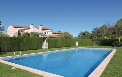 Photo for 4 bedroom accommodation in Bonmont Terres Noves