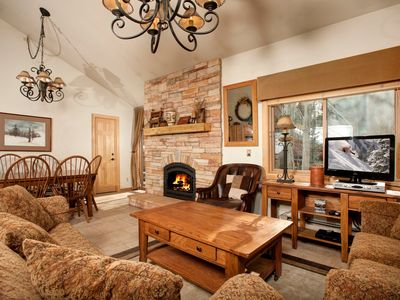 Photo for Luxury Condo for Groups with Fireplace, Full Kitchen and Great Views!