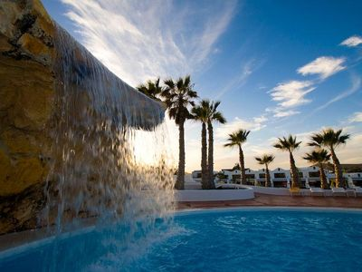 Photo for Holiday Villa with shared pool in Costa Teguise, Las Cucharas