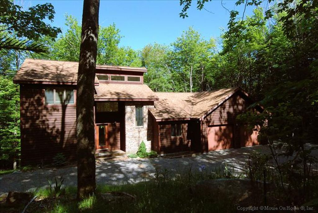 Beautifully Secluded Mountain Home Canaan Valley West
