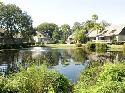Photo for 588 Queens Grant   DOG FRIENDLY   Short Walk to Beach   Complex Pools   Palmetto Dunes