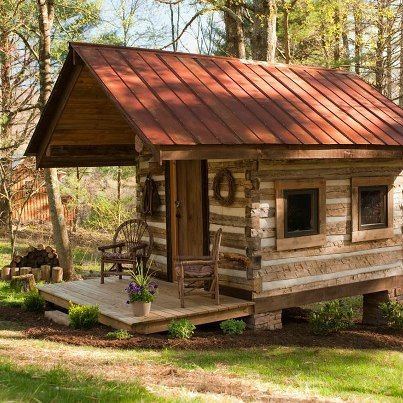 Little creek antique log cabin near boone parkway for Log cabin blue mountains