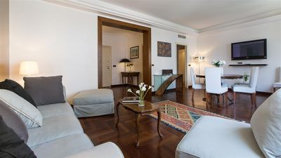 Photo for Ponte Milvio 2214 apartment in Borghese-Parioli with air conditioning & balcony.