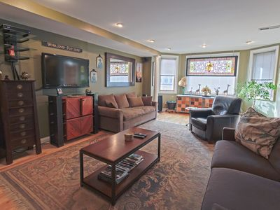 Luxury Row House Apartment Just Off Exciting South Street