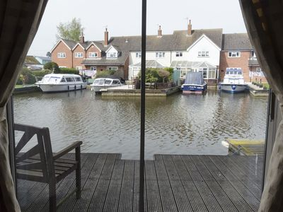Photo for Self Catering 2 Bedroom Kingfisher Lure In Wroxham, Norfolk, Norfolk Broads, Eng