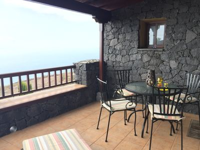 Photo for Canarian house in stone, well equipped, heating and air, terrace, views, wifi