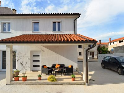 Photo for Holiday house Valtura for 4 persons with 2 bedrooms - Detached holiday house
