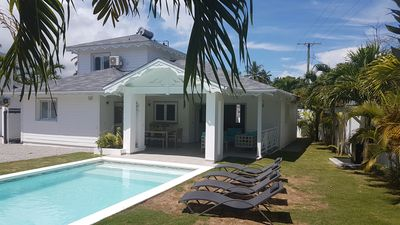Photo for Delightful villa Karibuni for 6 people 200 meters from the beach