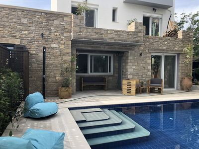 Photo for Luxurious villa with private pool and spa near beach