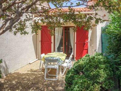 Photo for Vacation home Thalassa in Saint Cyprien - 5 persons, 1 bedrooms