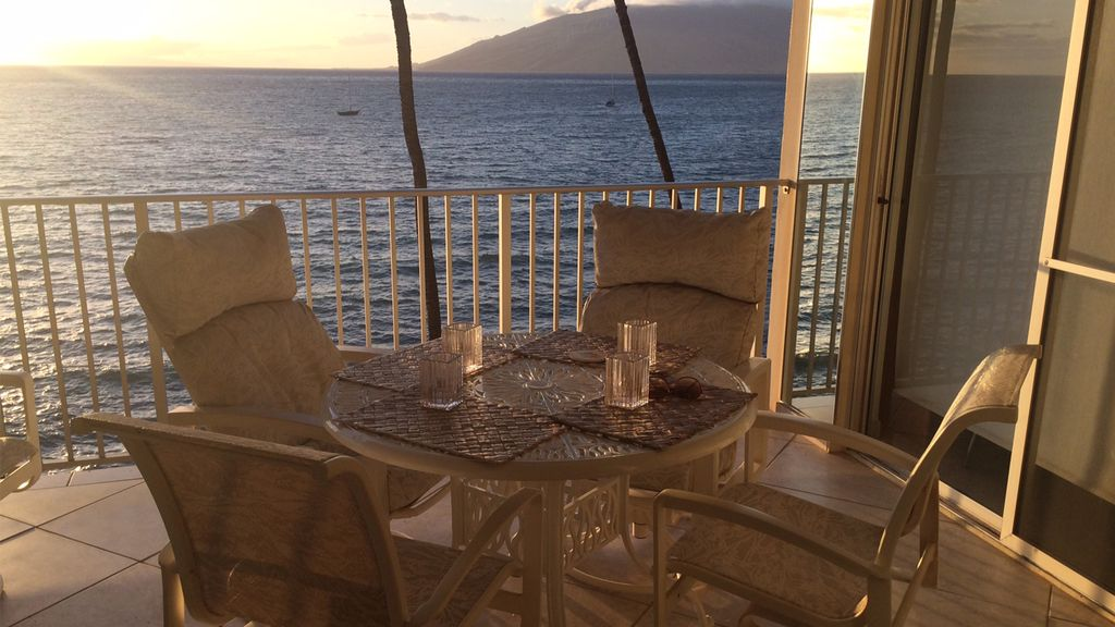 Spectacular Maui Condo On The Ocean Royal Homeaway