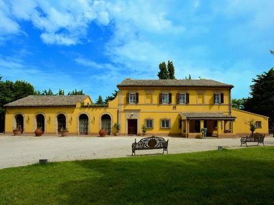 Photo for Luxurious villa in the countryside, close to the beaches of the Conero
