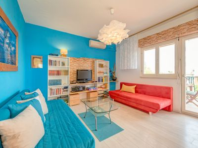Photo for Luxury two bedroom apartment sea view 4+2, parking, garden with a grill