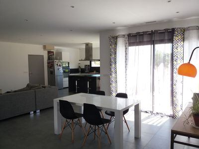 Photo for CONTEMPORARY HOUSE 10 MIN FROM NIMES