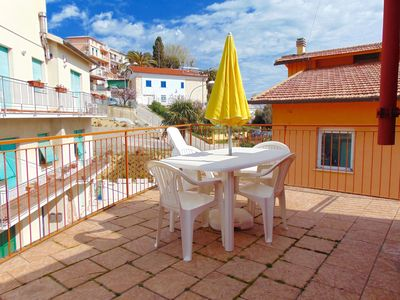 Photo for N52 - Numana, three-room apartment with terrace 100 meters from the sea