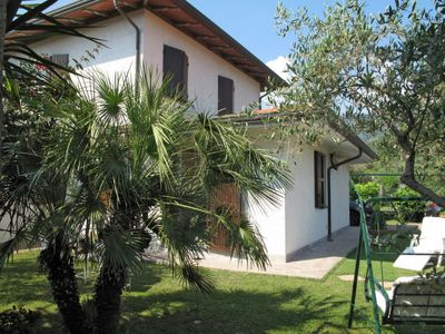 Photo for 3 bedroom Apartment, sleeps 6 in Capanne-Prato-Cinquale with WiFi