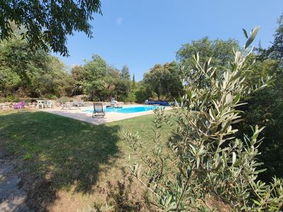 Photo for Quiet country house with pool Provence Verte