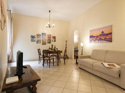 Photo for Elegant and bright apartment near the Trevi Fountain