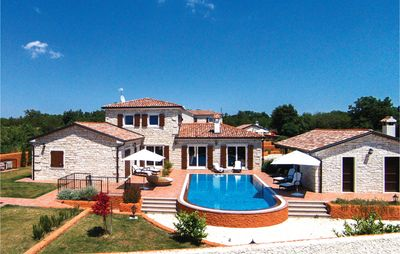 Photo for 3 bedroom accommodation in Cabrunici