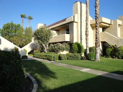 Photo for 2 BR/2 BA End Unit with Views!  Pool/Spa. Quiet Gated Complex. Central Location