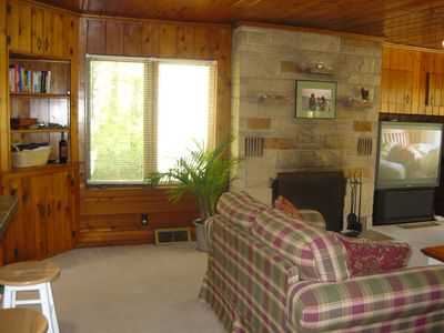 Photo for Charming Michiana Shores Vacation Getaway Cottage