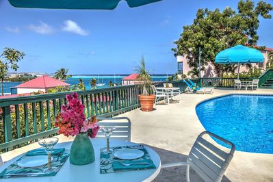BBQ your favorite meal and enjoy pool deck dining with great ocean views!