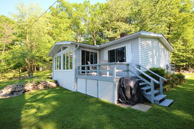 Cottage from waterfront-BBQ propane included