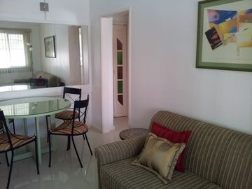 Beautiful and confortable flat in a charming neighbourhood
