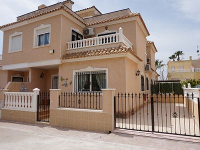Photo for Spacious 3 bed house