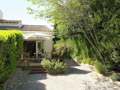Photo for Vacation home L'Oasis provencale (AVI120) in Avignon - 3 persons, 1 bedrooms
