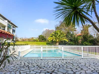 Photo for Nice apartment for 4 people with WIFI, pool, TV and parking