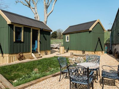 Photo for 1 bedroom accommodation in Shorwell, near Brighstone