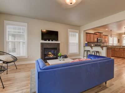 Photo for *New* Parkcenter Boulevard Townhouse