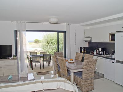 Photo for T4 nine 80 m2 sea view, air conditioning, terrace + garden, beaches nearby, Wifi